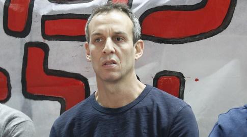 עודד קטש, מאמן נבחרת ישראל, הגיע לצפות (שחר גרוס)