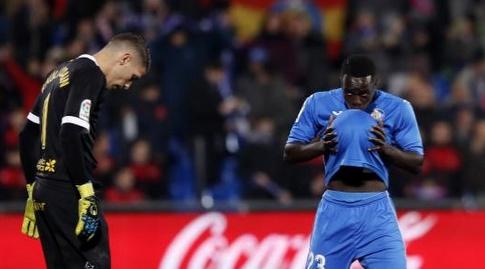 אמאת' נ'דיאיי מנשק את הכדור, ראול ליסואין בהלם (La Liga)