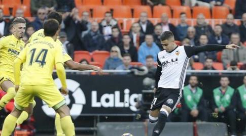 אנדרס פריירה בועט לשער (La Liga)