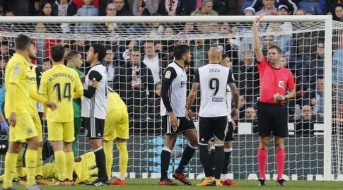 סימונה זאזה מורחק (La Liga)
