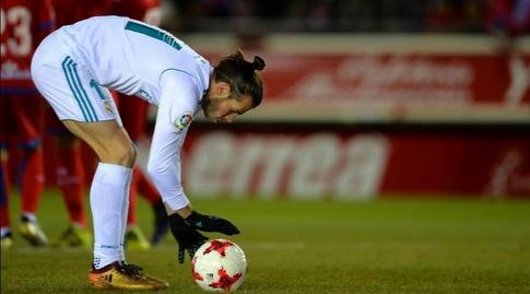 בייל מניח את הכדור (La Liga)