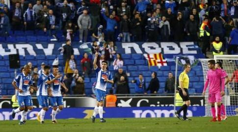 מורנו ושחקני אספניול חוגגים (La Liga)