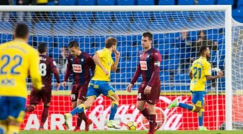 ג'ונתן ויירה חוגג (La Liga)