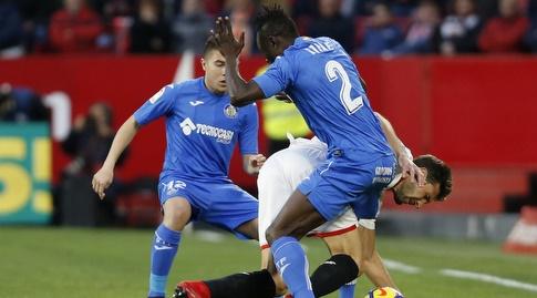דיינה דקהונם חוסם בגופו (La Liga)