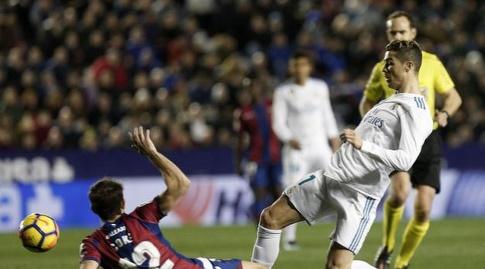 רונאלדו מול קוקה (La Liga)