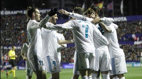שחקני ריאל חוגגים (La Liga)