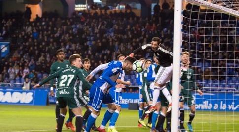 לוקאס פרס מפספס הזדמנות לכבוש שער (La Liga)