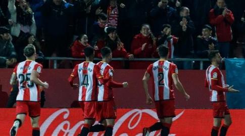כריסטיאן סטואני והחברים חוגגים את השער (La Liga)