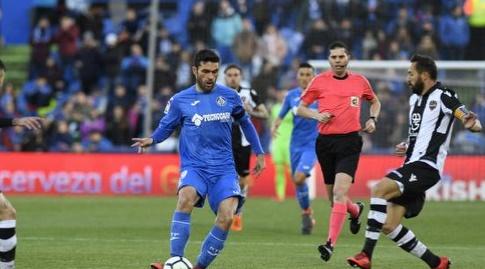 חורחה מולינה עם הכדור (La Liga)