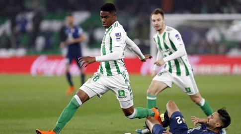 ז'וניור פירפו עם הכדור (La Liga)