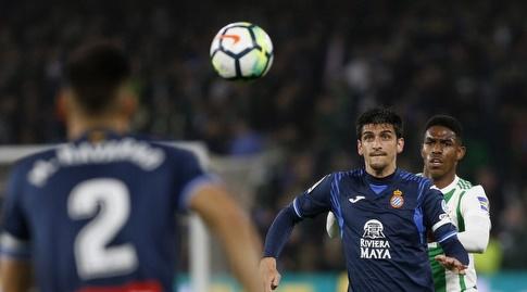ג'רארד מורנו מחכה לכדור (La Liga)