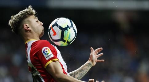פאבלו מפאו עוצר על החזה (La Liga)