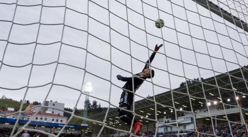 מויה מציל עוד איום של אייבר (La Liga)