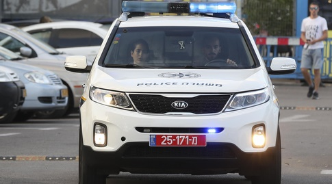 ניידת משטרה (איציק בלניצקי)