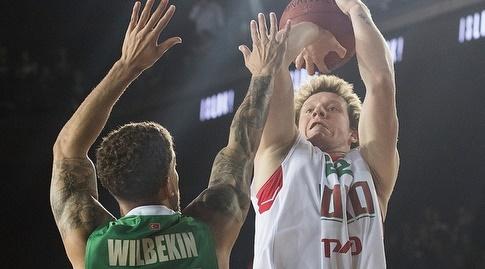 ווילביקין מנסה לחסום את קולאגין (eurocup)
