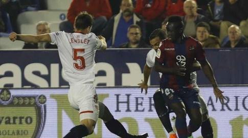 קלמון לונגלה מול עמנואל בואטנג (La Liga)