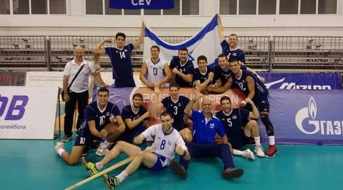 נבחרת הנוער בכדורעף חוגגת (מערכת ONE)