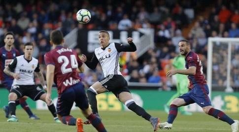 רודריגו מול הגנת אייבר (La Liga)