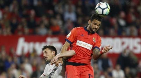 וויליאן ז'וזה מגיע לכדור גובה (La Liga)