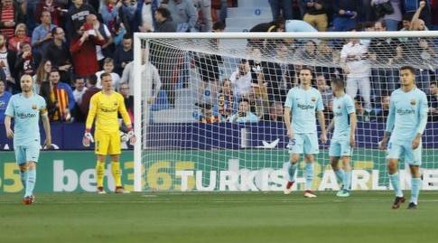 שחקני ברצלונה בהלם (La Liga)