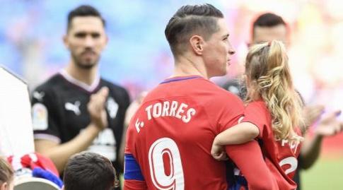 פרננדו טורס עם הילדה (La Liga)