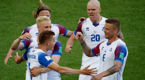 שחקני איסלנד. יתאוששו מההפסד לניגריה? (רויטרס)