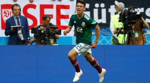 הירבינג לוזאנו חוגג. השחקן היקר של מקסיקו יפתיע גם את ברזיל? (רויטרס)