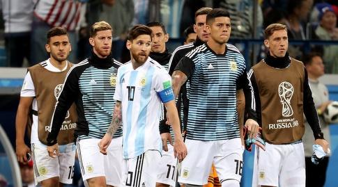 שחקני ארגנטינה בהלם, זקוקים לנס (רויטרס)