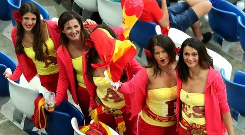 אוהדות נבחרת ספרד (רויטרס)