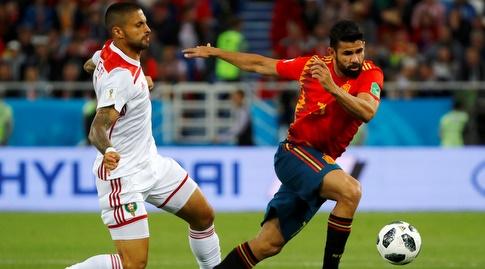 דייגו קוסטה ומנואל דה קוסטה במהלך המשחק (רויטרס)