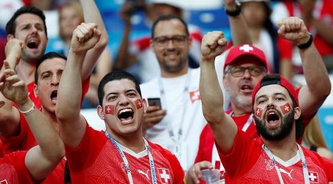 אוהדי נבחרת שווייץ (רויטרס)