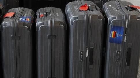מזוודות השחקנים בשדה התעופה (רויטרס)