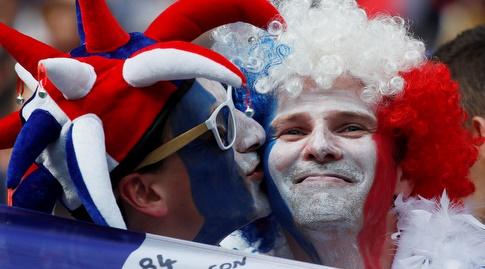 האוהדים הצרפתים במצב רוח טוב (רויטרס)