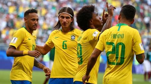 שחקני ברזיל חוגגים (רויטרס)