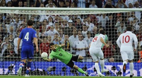 פראנק למפארד מבקיע מול קרואטיה. הפעם לא יהיה שם כדי לעזור (רויטרס)