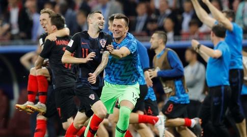 שחקני קרואטיה בטירוף בסיום (רויטרס)