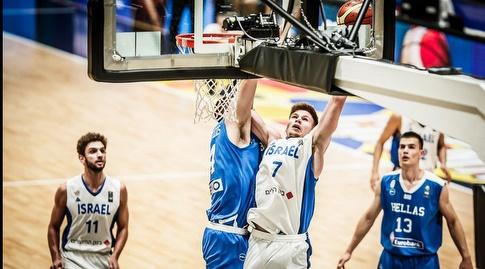 מירון רוינה עולה לסל (FIBA)
