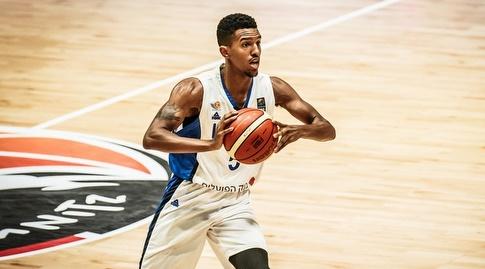 מייקל בריסקר (FIBA) (מערכת ONE)