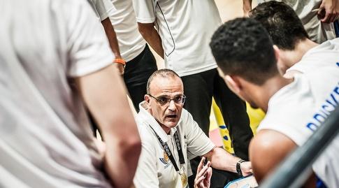 אריאל בית הלחמי מתדרך (FIBA)