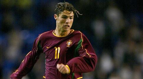 רונאלדו במדי נבחרת פורטוגל (רויטרס)
