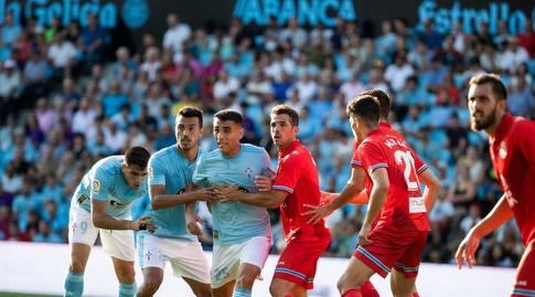 שחקני סלטה ויגו ואספניול ברחבה (La Liga)