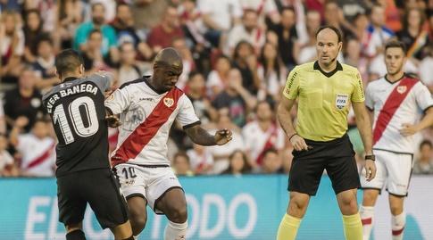 גאל קאקוטה במאבק עם אבר באנגה (La Liga)