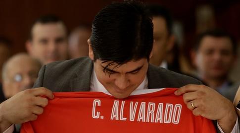 """קרלוס אלברדו קסאדה. """"נבאס חייב לפתוח בכל קבוצה בעולם"""" (רויטרס)"""