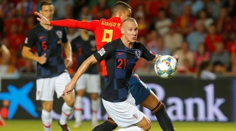 דומאגויוידה ורודריגו נאבקים על הכדור (רויטרס)