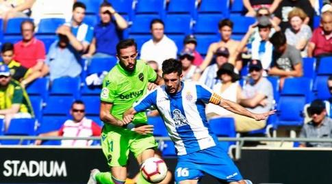 חוסה לואיס מוראלס שומר על חאבי לופס (La Liga)