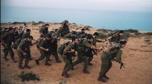 """חיילים במהלך אימון בבה""""ד 8"""