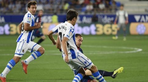 רובן פארדו מנסה למסור (La Liga)