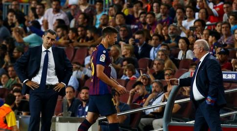 קלמנט לנגלה יורד לחדר ההלבשה (La Liga)