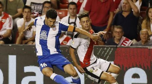 חאבי לופס ואלחנדרו מורנו במאבק על הכדור (La Liga)