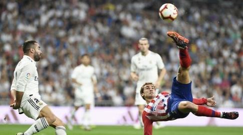 דניאל קרבחאל מנסה לעצור את אנטואן גריזמן (La Liga)
